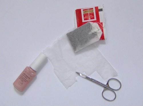 diy,how to,broken nail,fixing a broken nail,hot to fix a broken nail,unghia rotta,aggiustare unghia rotta,fai da te,come fare per,bustina di te,riparare unghia rottatea bag method