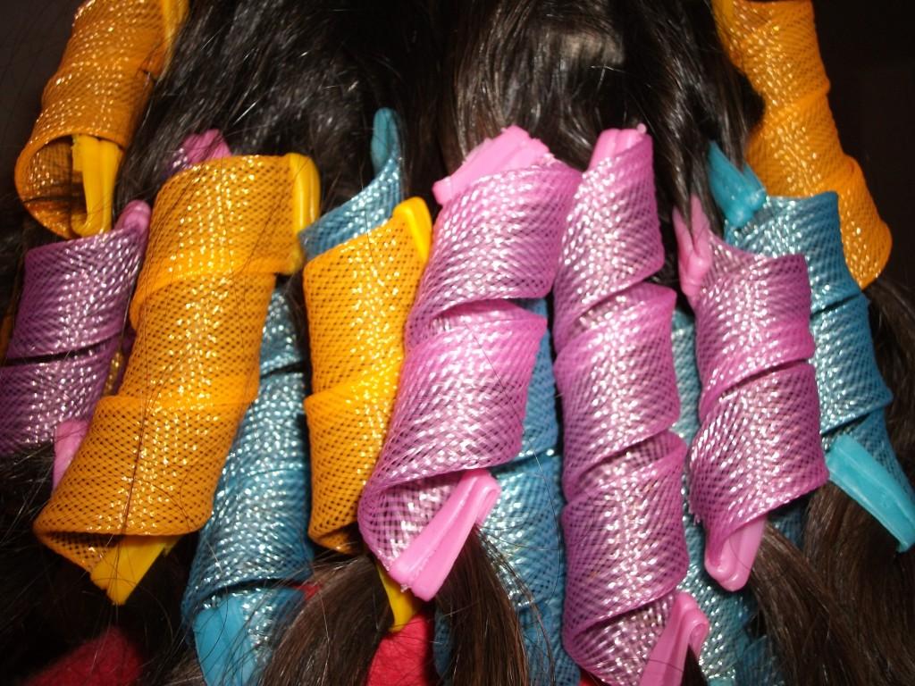 Capelli ondulati con bigodini flessibili – Frangia capelli e5d2e1049ae9