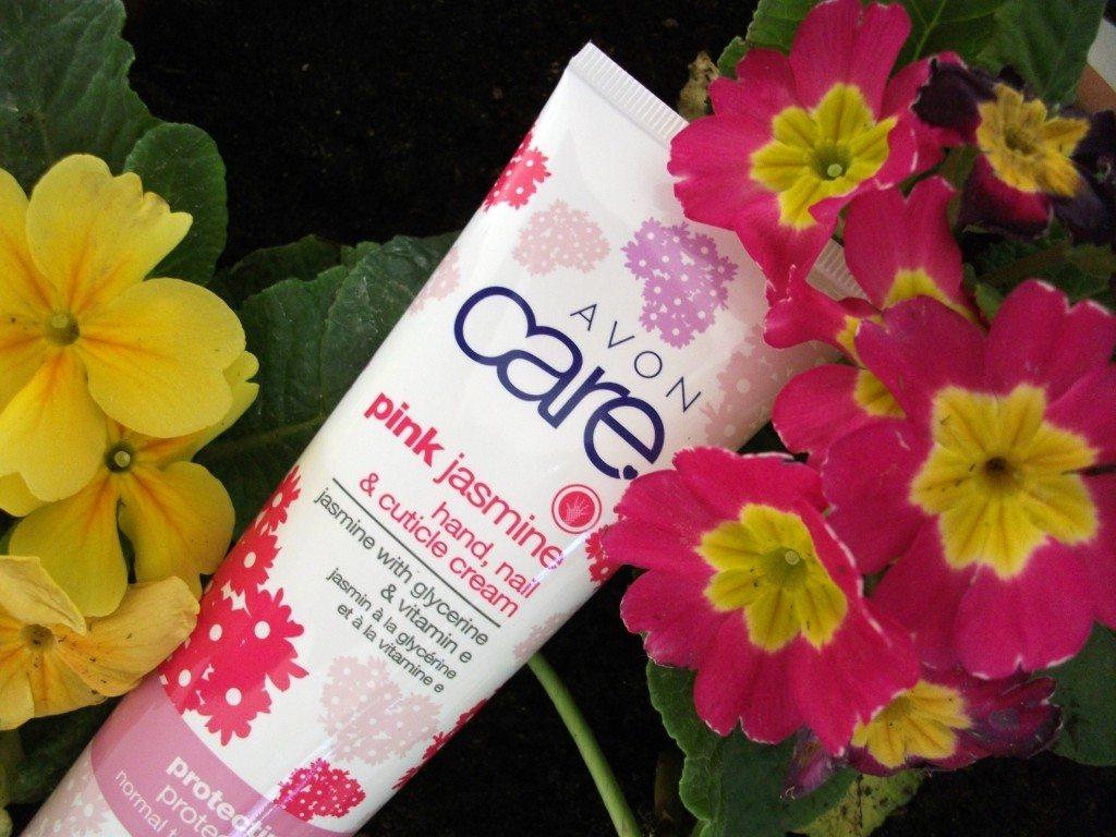 Avon Care - crema idratante per mani, unghie e cuticole al gelsomino e vitamina E, edizione speciale Gelsomino Rosa (review)