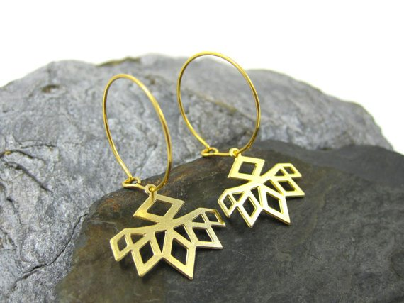 Urban-Raven-Shiran-Tal-cutout-geometric-flower-earrings