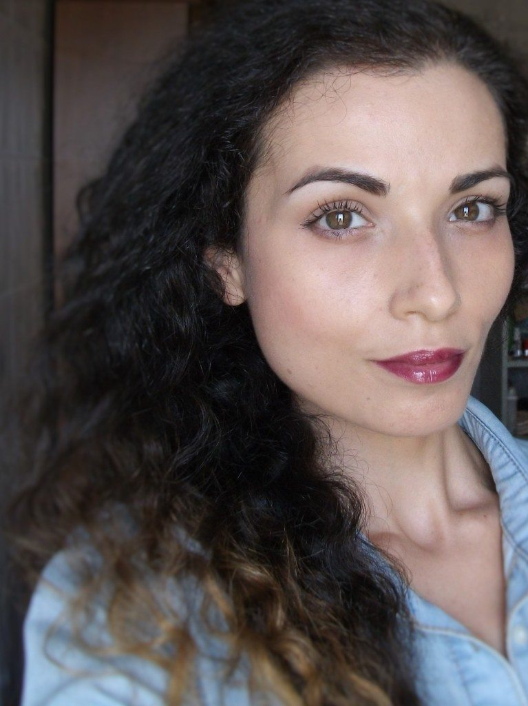 Valentina Chirico, make-up look rientro a scuola e all'università, back to school (back to university), rossetto Avon Shine Burst Plum Shock