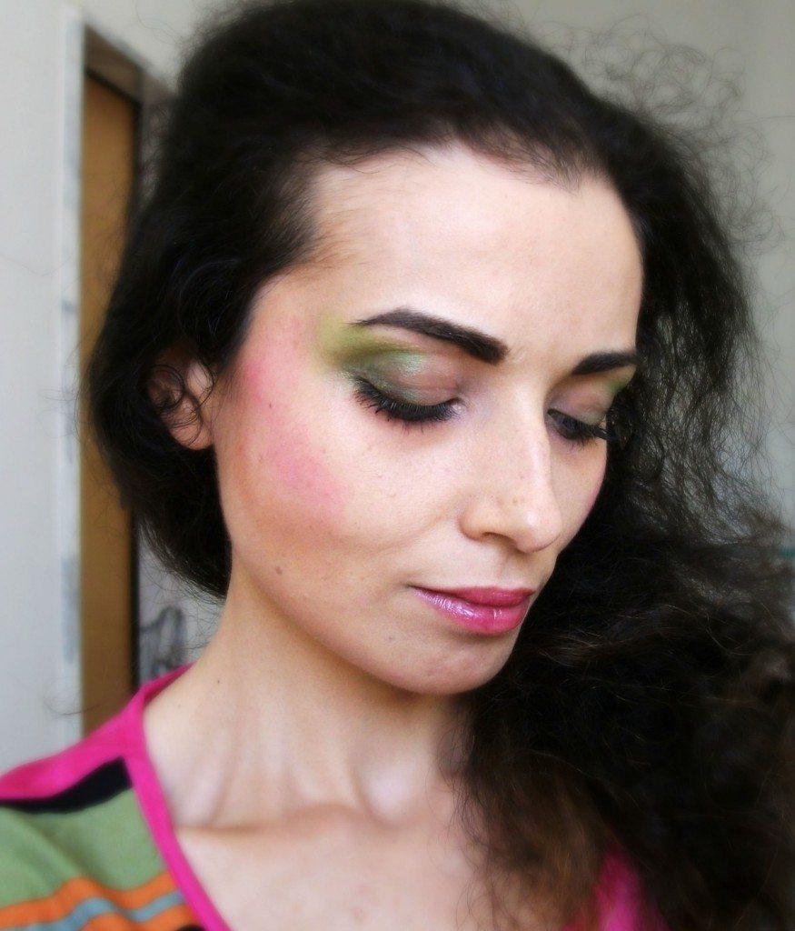 Make-up anni '80, il look da signora perfetto per Halloween Valentina-Chirico-fuchsia-blush