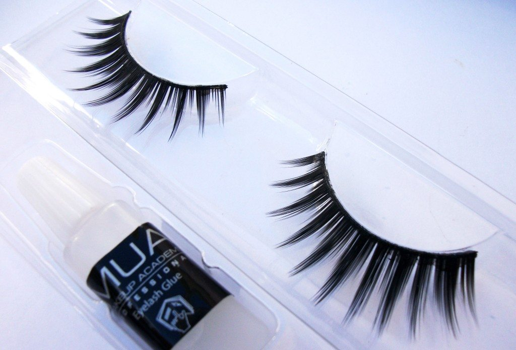 MUA-Vixen-full-on-volume-false-lashes