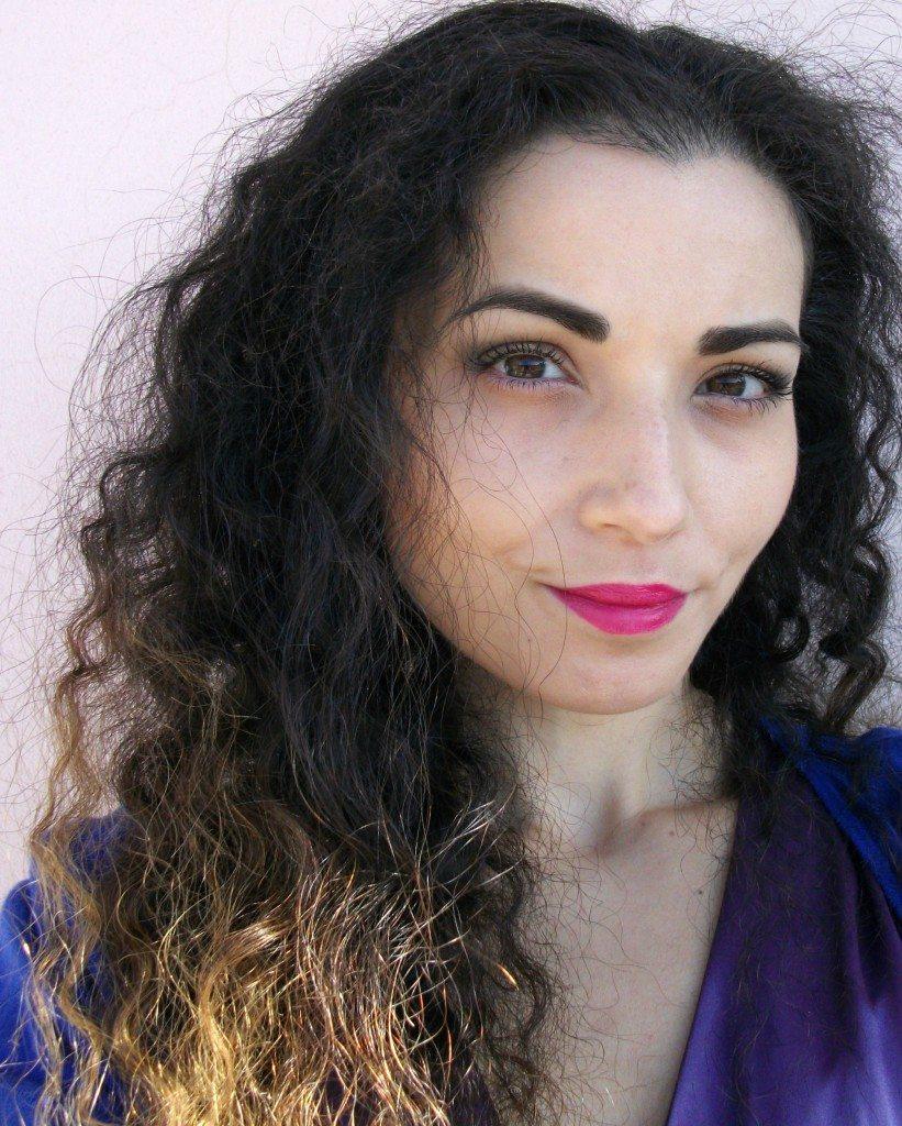 Valentina-Chirico-Birthday-makeup-honey-gold