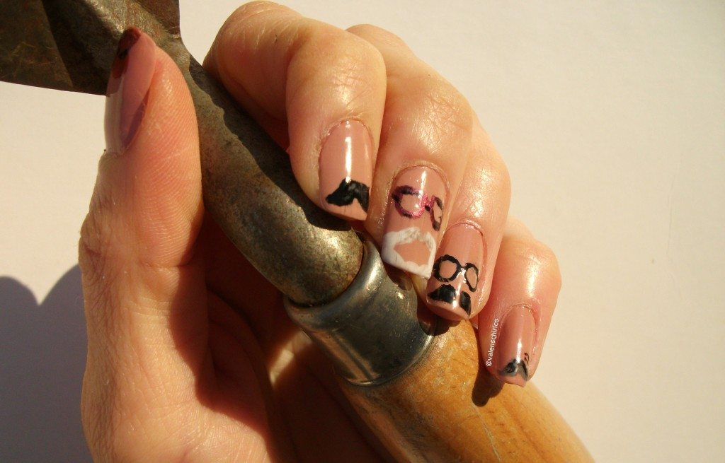 archaeo-nails-archaeologists-moustaches-nail-art-manicure-Valentina-Chirico-Evans-Binford-Childe-Wheeler