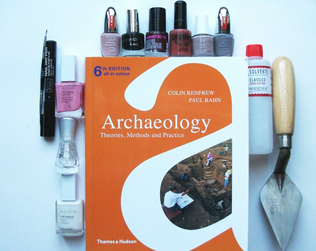 archaeologists-nail-art