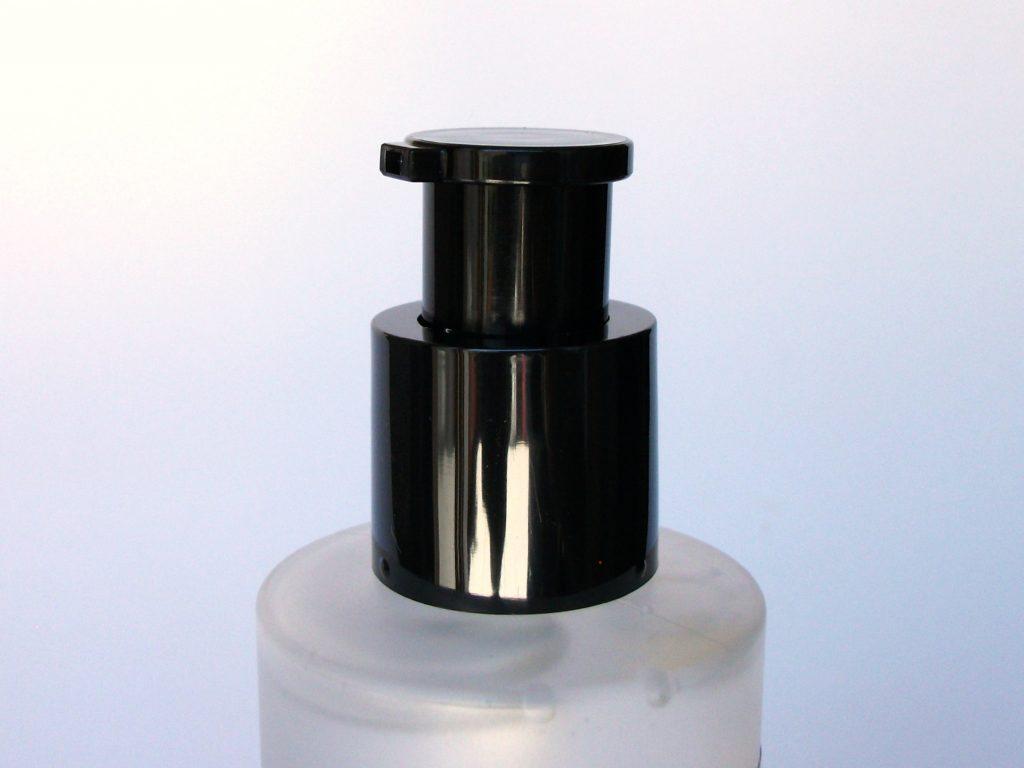 Essenza viso alla bava di lumaca CORSX Advanced Snail 96 Mucin Power Essence. Dosatore e dettaglio confezione