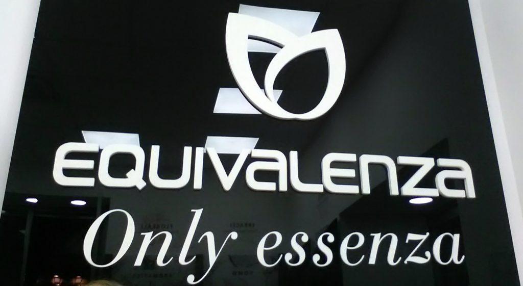 Equivalenza - Only essenza, passeggia con me scoprendo la nuova profumeria a Napoli