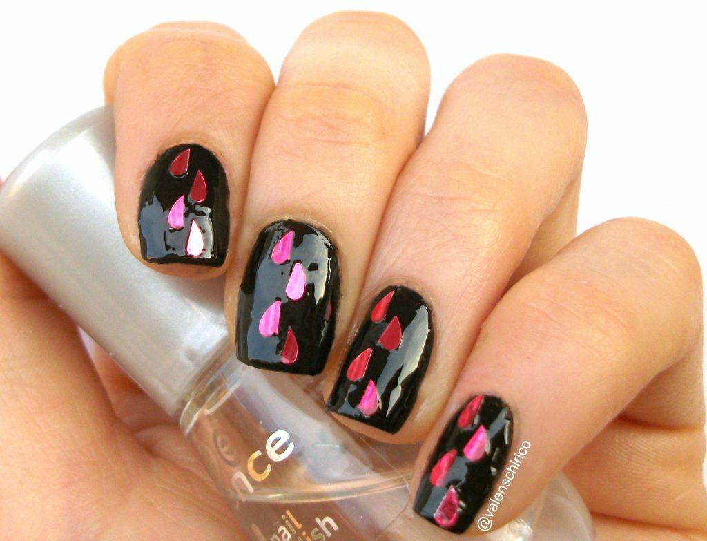"""Nail art """"anti-San Valentino"""" con tutorial passo-passo. Manicure in stile goth"""