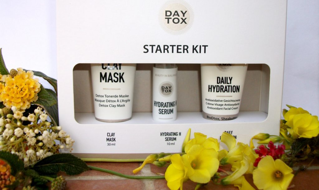 Daytox by Douglas: programma detox, antietà e idratante per viso e corpo. Hydrating H Serum, Daily Hydration e Clay Mask review