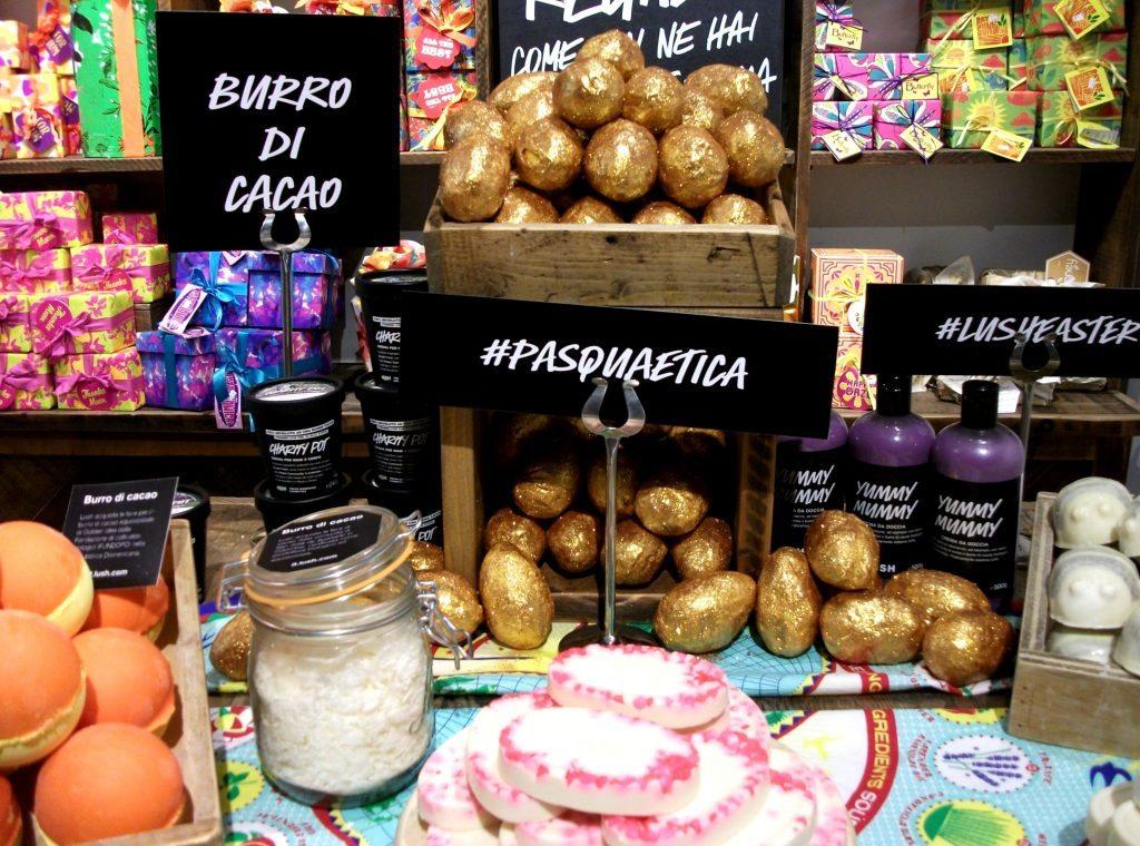 #Pasquaetica-Lush-Cosmetics-LushEaster-burro-di-cacao-equo-solidale-prodotti-da-bagno-cruelty-free