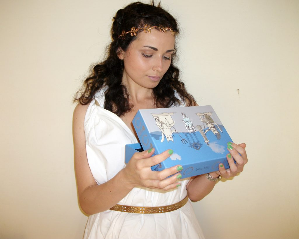 Divine-Beauty-I-segreti-dell'Olimpo-BeautifulBox-by-Alfemminile-Aufeminin-beauty-box-review-by-Valentina-Chirico