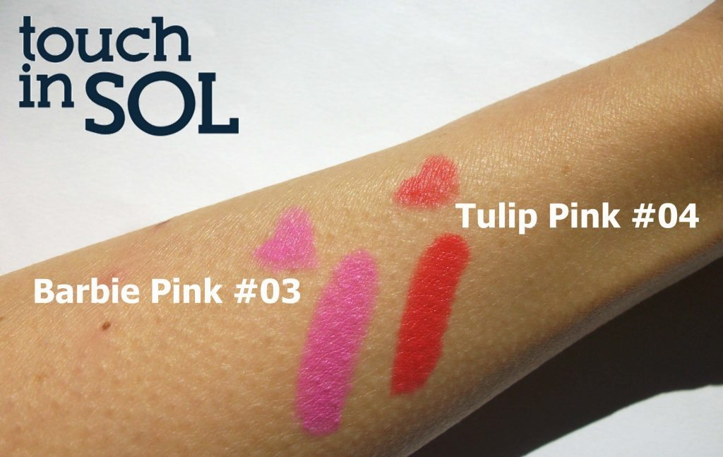 Touch in Sol One Second Vivid Lip Crayon in #4 Tulip Pink and #3 Barbie Pink - swatches a cura di Valentina Chirico (luce diretta)