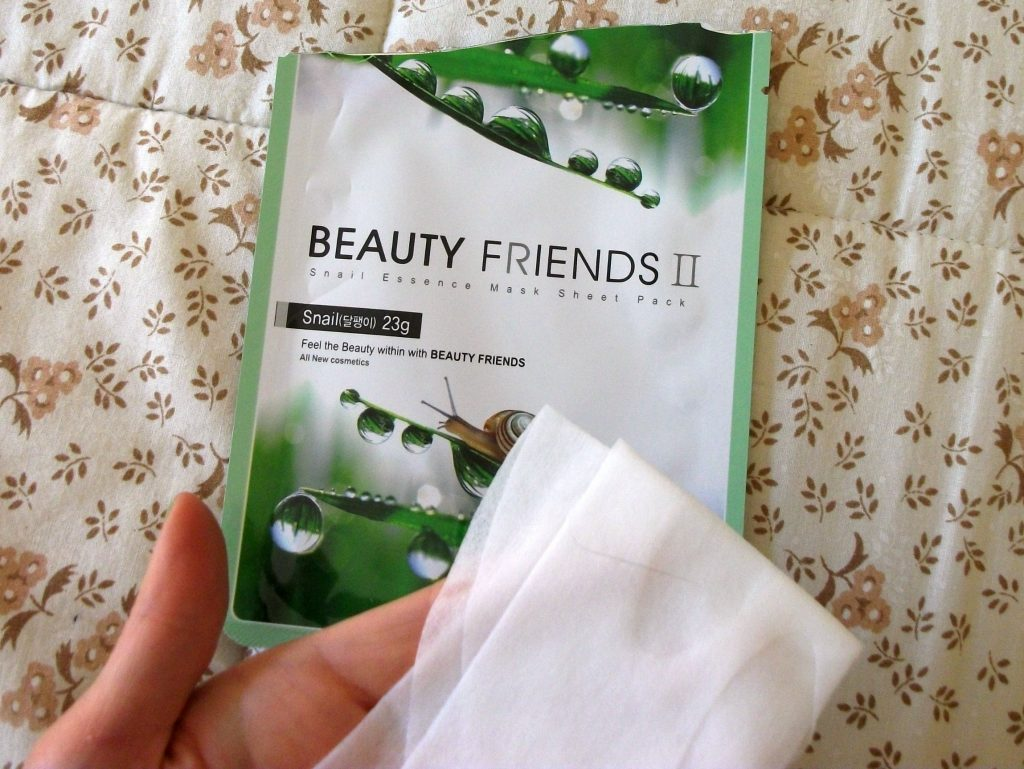 Beauty-Friends-II-Vanedo-Snail-Essence-Mask-Sheet-Pack-packaging