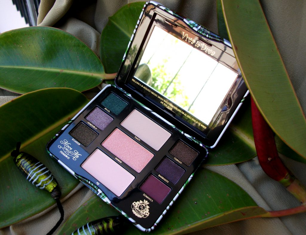 Viva La Diva - Move Me Jungle eyeshadow kit, palette cruelty-free tropicale. Review e swatch a cura di Valentina Chirico