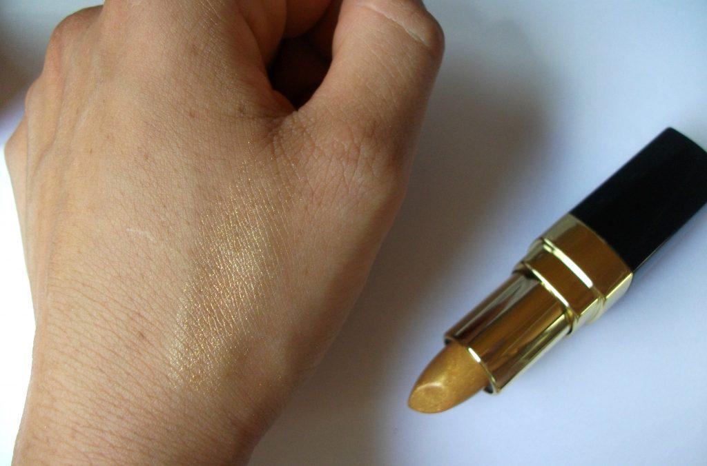 Beauty-Big-Bang-Metallic-Mermaid-Lipstick-golden-lip-colour-swatch