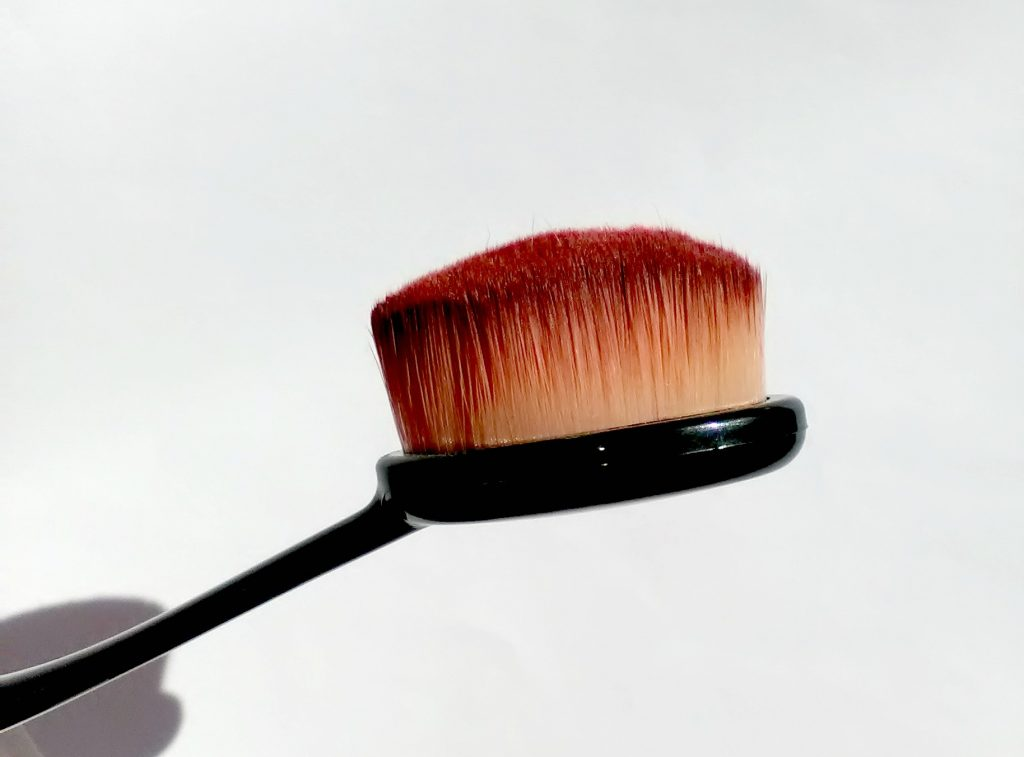 Beauty-Big-Bang-toothbrush-foundation-brush-review