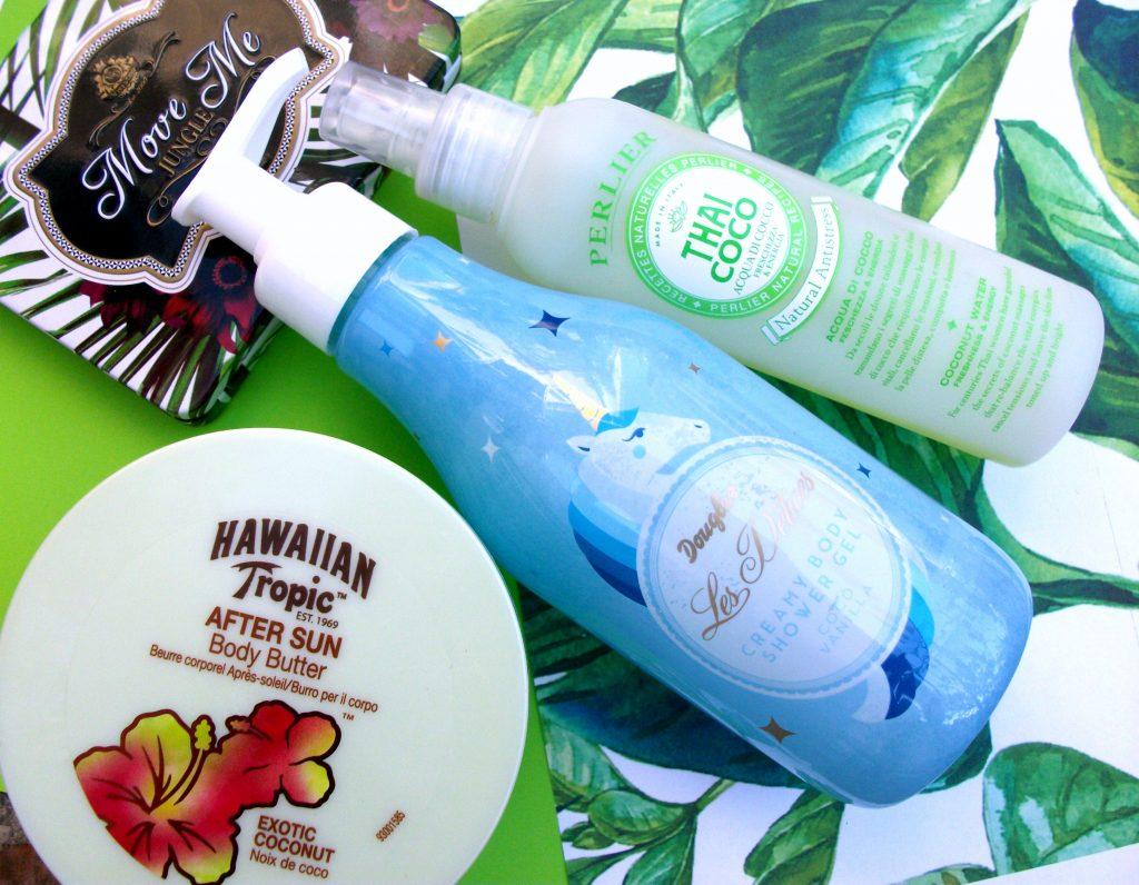 Bellezza al cocco: prodotti corpo e idratanti e rinfrescanti con estratto di cocco (Perlier, Hawaiian Tropic e Douglas Profumerie review)
